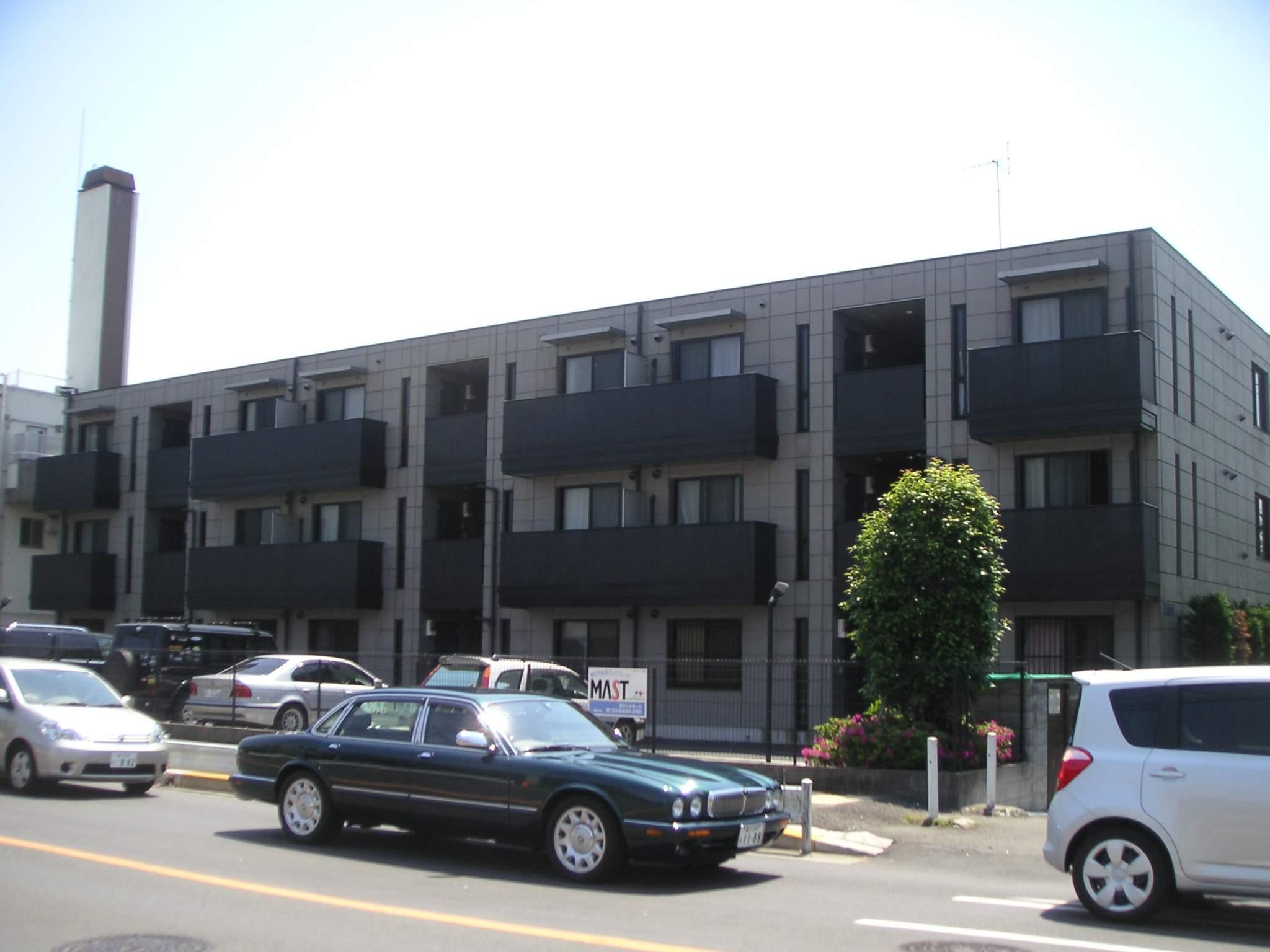 東京都世田谷区、用賀駅徒歩16分の築17年 3階建の賃貸マンション