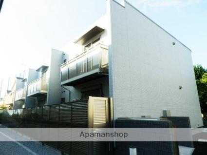 東京都調布市、西調布駅徒歩13分の築4年 2階建の賃貸アパート