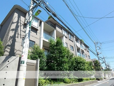 東京都世田谷区、下高井戸駅徒歩5分の築22年 5階建の賃貸マンション