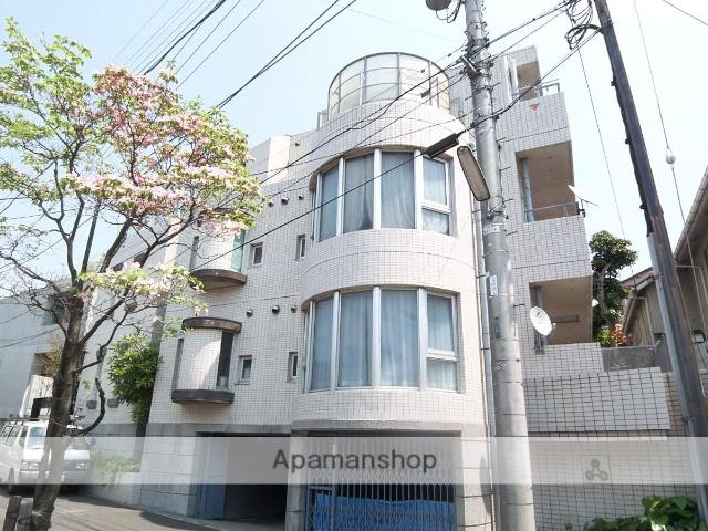 東京都世田谷区、新代田駅徒歩4分の築31年 3階建の賃貸マンション