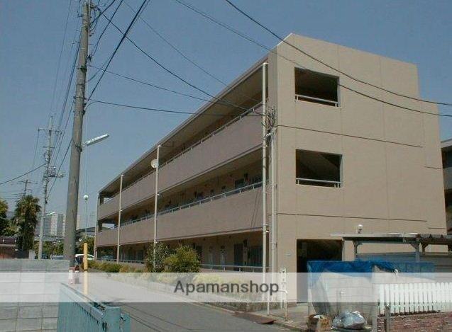 東京都武蔵野市、吉祥寺駅徒歩25分の築32年 3階建の賃貸マンション