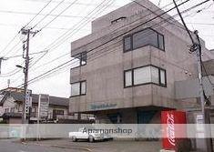 東京都三鷹市、千歳烏山駅バス6分給田境下車後徒歩22分の築32年 4階建の賃貸マンション