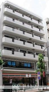 東京都三鷹市、吉祥寺駅徒歩25分の築29年 8階建の賃貸マンション