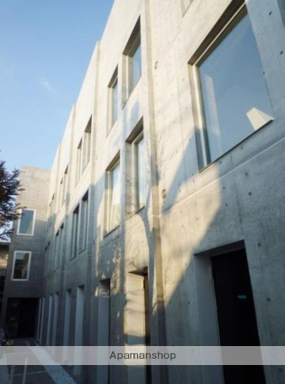 東京都練馬区、西荻窪駅バス18分西荻窪駅行き下車後徒歩4分の築4年 3階建の賃貸マンション