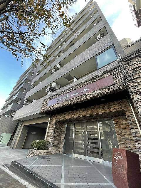 東京都渋谷区、渋谷駅徒歩11分の築16年 10階建の賃貸マンション