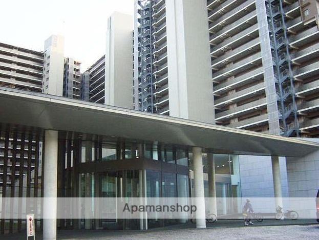 東京都江東区、越中島駅徒歩10分の築13年 20階建の賃貸マンション