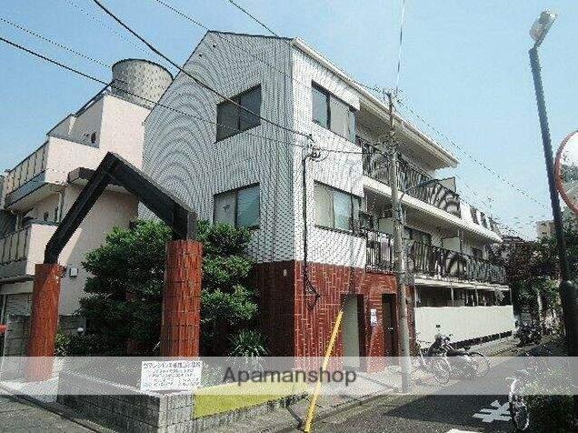 東京都北区、赤羽駅徒歩10分の築28年 3階建の賃貸マンション