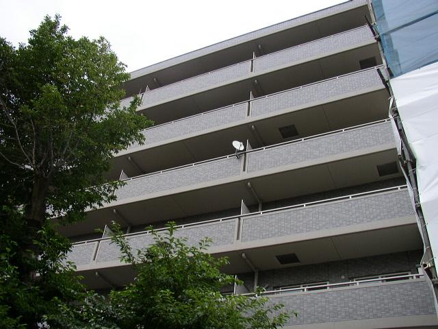 東京都板橋区、志村坂上駅徒歩3分の築16年 6階建の賃貸マンション