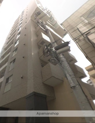 東京都台東区、鶯谷駅徒歩8分の築11年 14階建の賃貸マンション