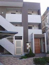 東京都北区、田端駅徒歩15分の築4年 3階建の賃貸アパート