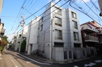 東京都豊島区、池袋駅徒歩10分の築8年 4階建の賃貸マンション