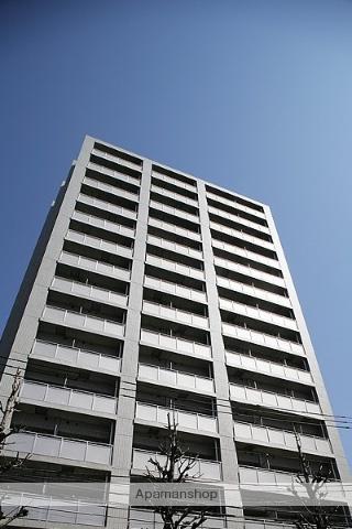 東京都文京区、駒込駅徒歩11分の築8年 15階建の賃貸マンション