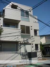 東京都文京区、巣鴨駅徒歩21分の築6年 3階建の賃貸マンション