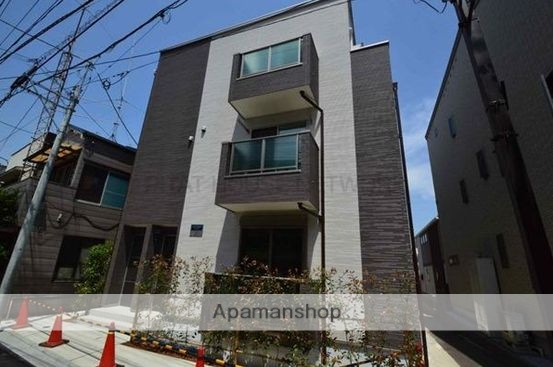 東京都北区、板橋駅徒歩12分の築2年 3階建の賃貸アパート