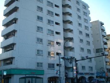 東京都文京区、飯田橋駅徒歩12分の築30年 10階建の賃貸マンション