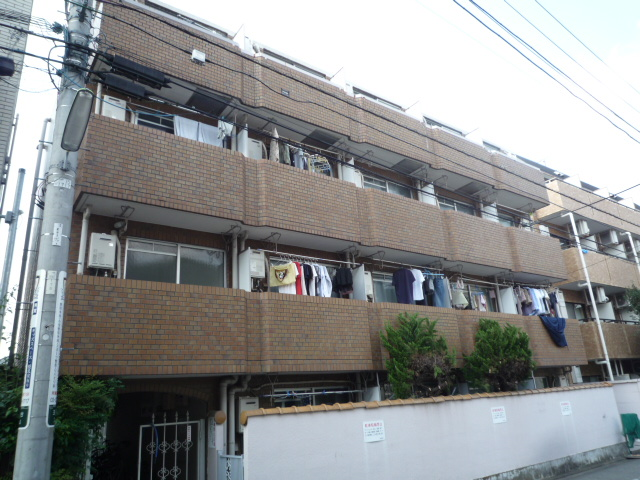 東京都世田谷区、用賀駅徒歩6分の築35年 4階建の賃貸マンション