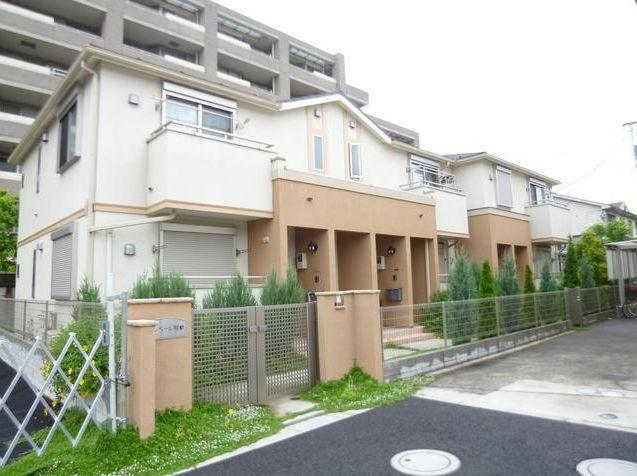 東京都世田谷区、用賀駅徒歩10分の築3年 2階建の賃貸アパート