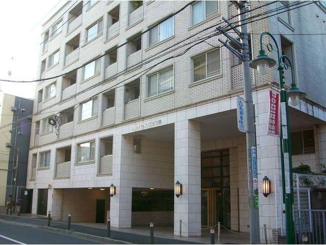 東京都世田谷区、二子玉川駅徒歩18分の築13年 7階建の賃貸マンション