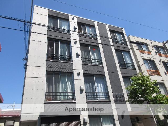 東京都練馬区、中村橋駅徒歩12分の築2年 4階建の賃貸マンション