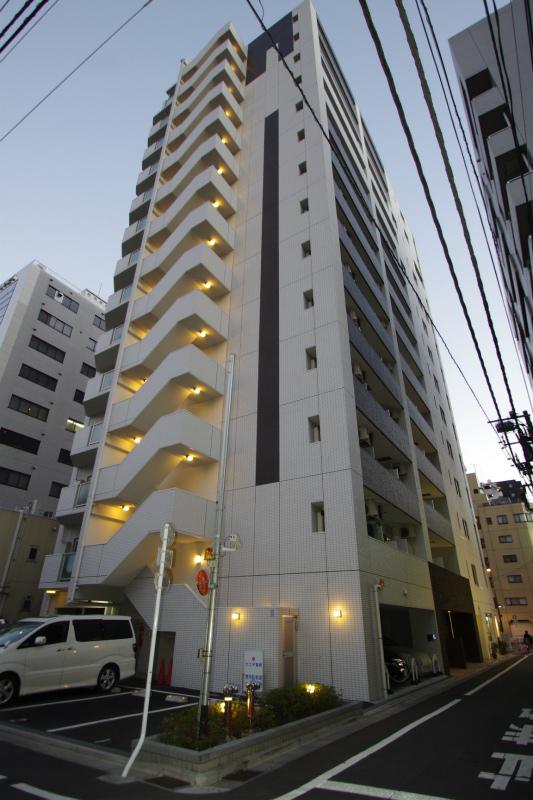 東京都墨田区、両国駅徒歩2分の築6年 14階建の賃貸マンション