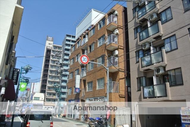 東京都足立区、牛田駅徒歩21分の築30年 5階建の賃貸マンション