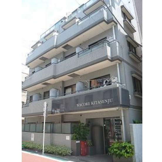 東京都足立区、北千住駅徒歩8分の築28年 5階建の賃貸マンション