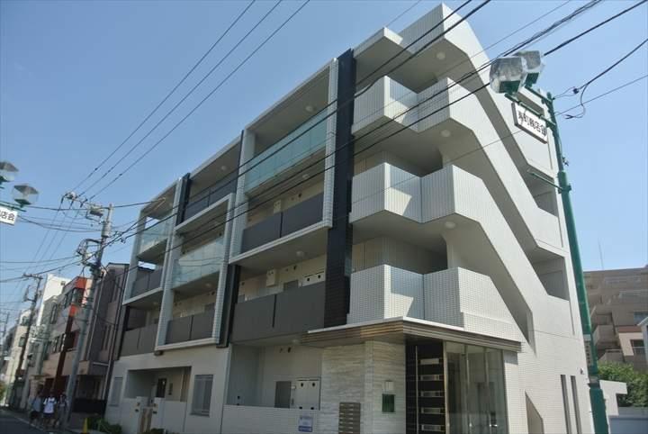 東京都足立区、牛田駅徒歩7分の築6年 4階建の賃貸マンション