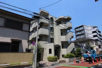 東京都荒川区、新三河島駅徒歩20分の築28年 4階建の賃貸マンション
