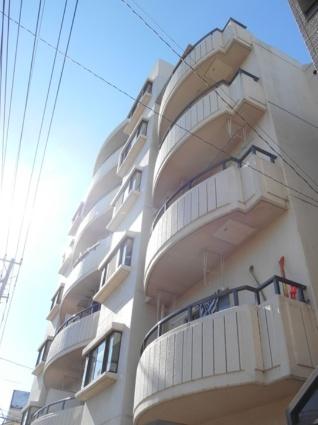 東京都荒川区、三河島駅徒歩15分の築27年 6階建の賃貸マンション