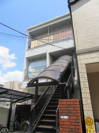 東京都荒川区、田端駅徒歩19分の築38年 3階建の賃貸マンション