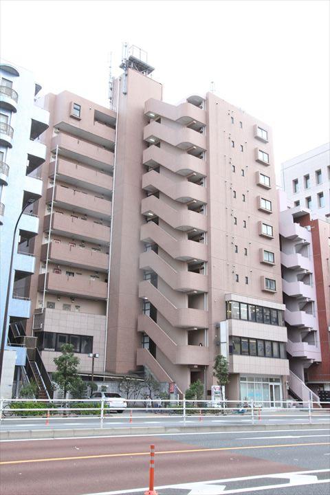 東京都荒川区、西日暮里駅徒歩15分の築28年 10階建の賃貸マンション