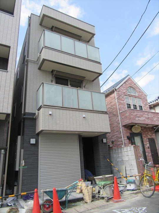 東京都荒川区、町屋駅徒歩9分の新築 3階建の賃貸マンション
