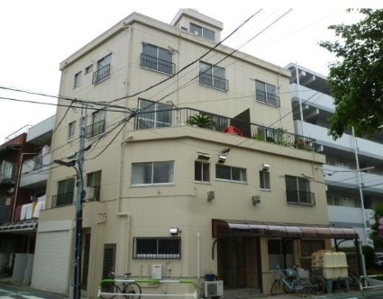 東京都荒川区、町屋駅徒歩13分の築40年 4階建の賃貸マンション