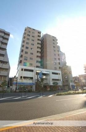 東京都文京区、飯田橋駅徒歩13分の築30年 13階建の賃貸マンション