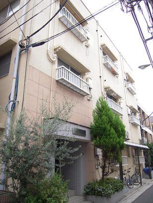 東京都台東区、上野駅徒歩12分の築25年 4階建の賃貸マンション