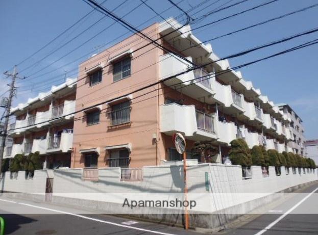 東京都練馬区、新桜台駅徒歩15分の築40年 3階建の賃貸マンション