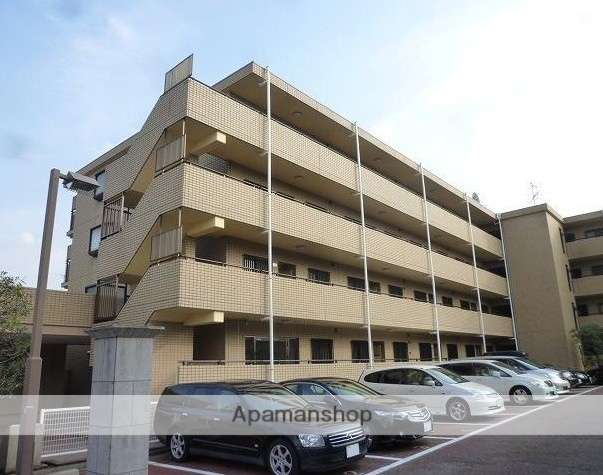 東京都練馬区、東武練馬駅徒歩26分の築26年 4階建の賃貸マンション