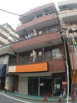 東京都板橋区、大山駅徒歩8分の築27年 5階建の賃貸マンション