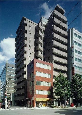 東京都中央区、小伝馬町駅徒歩2分の築12年 13階建の賃貸マンション