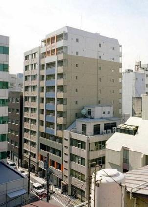 東京都千代田区、神田駅徒歩6分の築12年 12階建の賃貸マンション