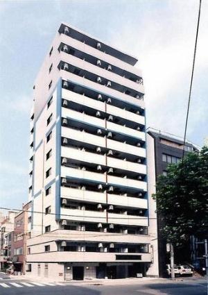 東京都千代田区、神田駅徒歩2分の築11年 13階建の賃貸マンション