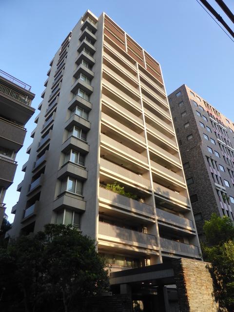 東京都千代田区、麹町駅徒歩6分の築6年 14階建の賃貸マンション
