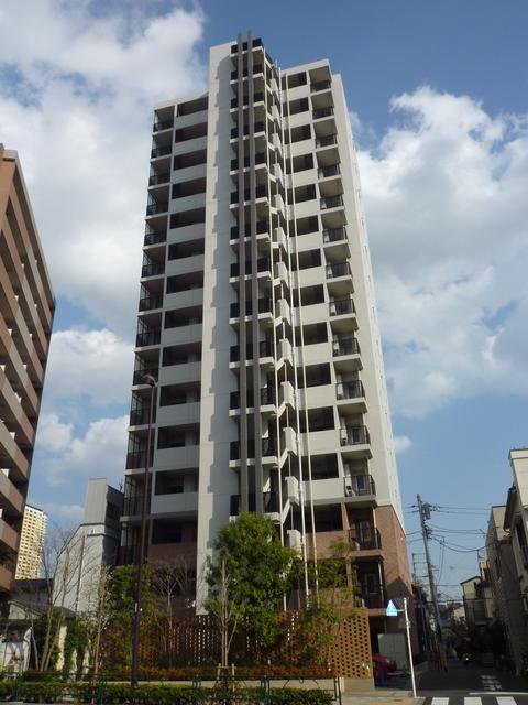 東京都台東区、西日暮里駅徒歩4分の築5年 15階建の賃貸マンション