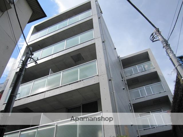 東京都中野区、高円寺駅徒歩12分の築9年 5階建の賃貸マンション