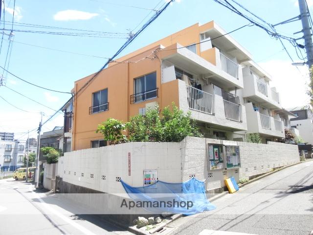 東京都杉並区、新中野駅徒歩7分の築47年 3階建の賃貸マンション