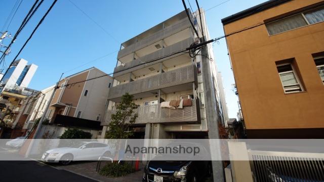 東京都渋谷区、代々木駅徒歩9分の築8年 5階建の賃貸マンション