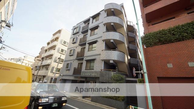 東京都渋谷区、初台駅徒歩9分の築18年 5階建の賃貸マンション
