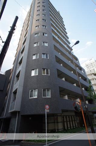 東京都渋谷区、初台駅徒歩4分の築10年 14階建の賃貸マンション