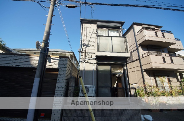 東京都渋谷区、幡ヶ谷駅徒歩14分の築18年 2階建の賃貸アパート