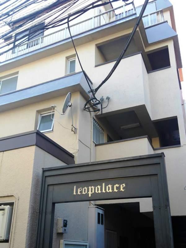 レオパレス新宿A館